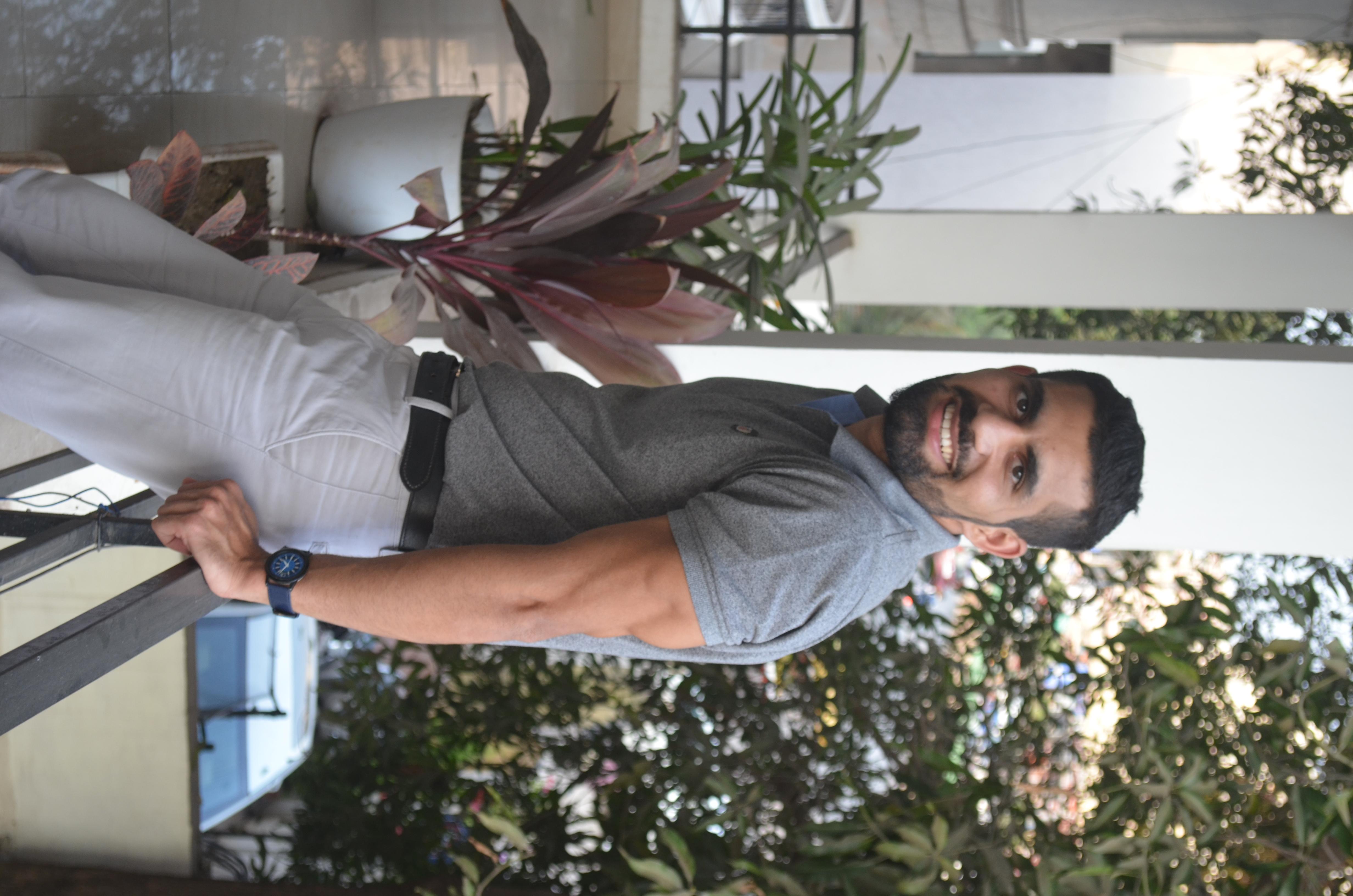 Lavesh bhagtani