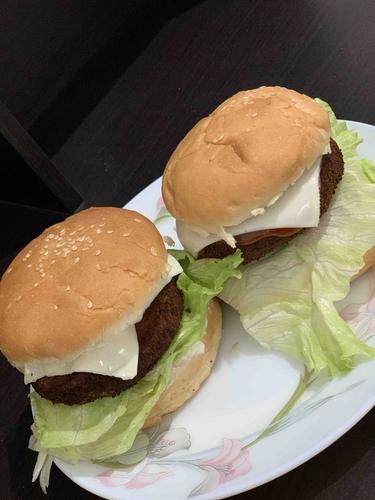 aloo patty burger 🍔
