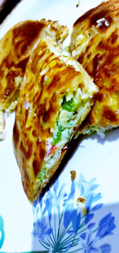 egg cheese stuffed paratha