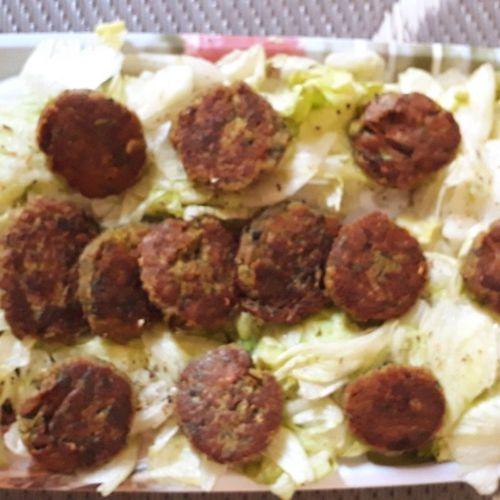 Soya-Palak Tikkis with Iceberg lettuce 💟