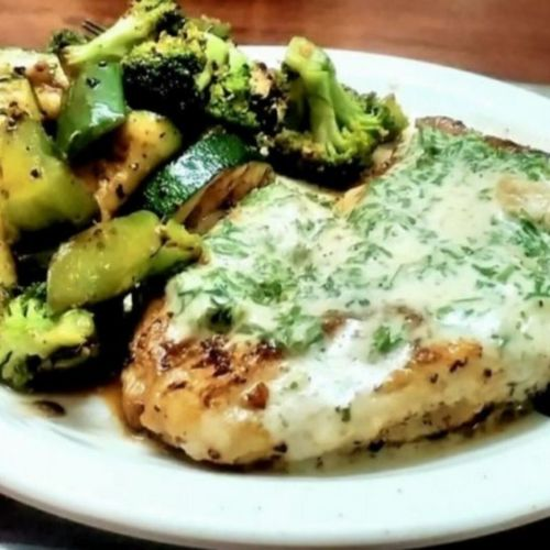 Grilled Chicken And Garlic Parsley Lemon Sauce