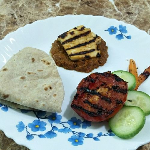 Grilled paneer tikka+grilled tomato+honey carrot