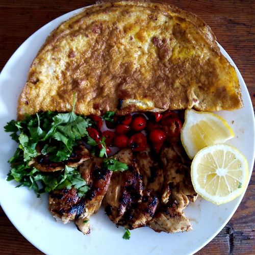 Omlette with Roasted chicken n salad...