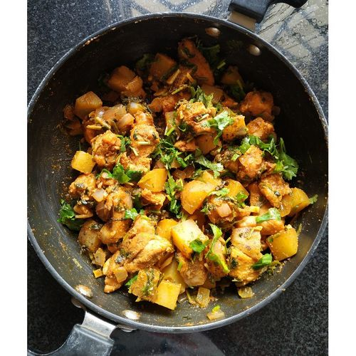 Dry Chicken Potato Curry
