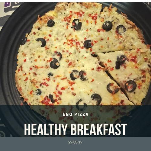 Chicken egg pizza