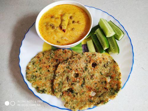 Akki Roti With Jaisalmeri Chane (No Onion Garlic)