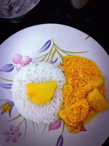 dahi aloo with rice