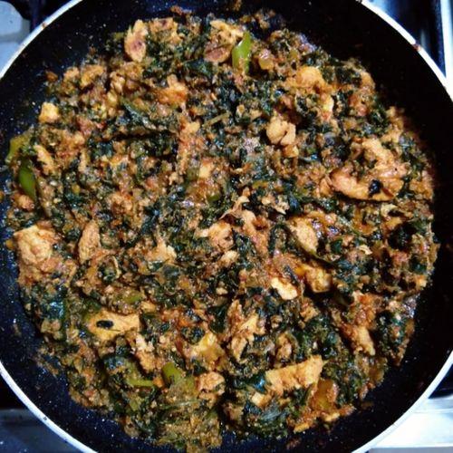 Spinach Roast Chicken (Palak Bhuna chicken)