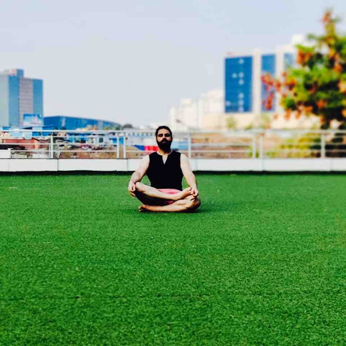 HOW TO BUILD CONCENTRATION LEVEL FOR MEDITATION