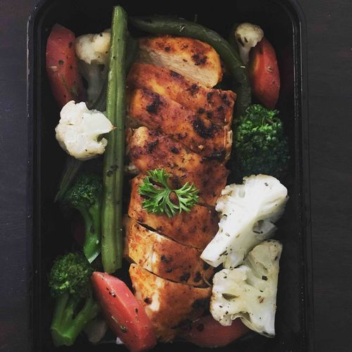 Grilled Chicken with Steamed Veggies
