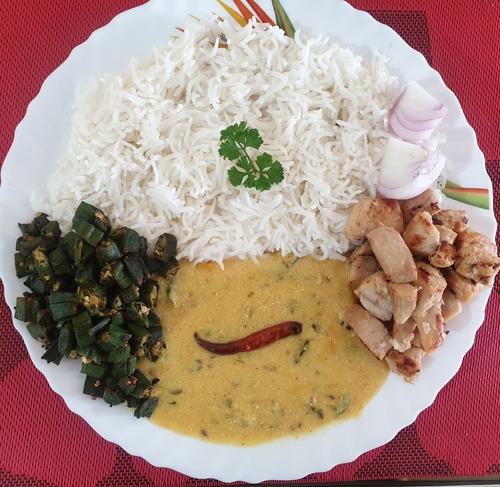 कढ़ी चावल, भिंड़ि & pan fried chicken