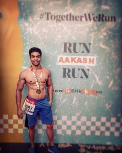 Sharma Ji ka Ladka is an ardent advocate of Cardio; he runs 8-10 Kms daily to improve his endurance 🏃♂️🏃♂️