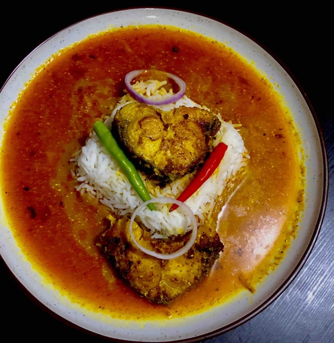 Rohu fish curry ( rui macher  jhaal)