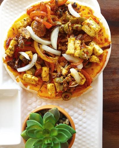 Paneer Pizza Chatpata