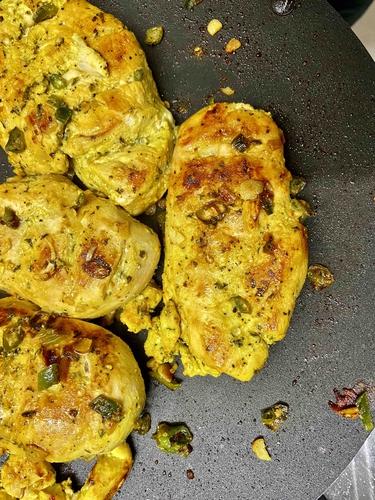 Garlic Chicken with Lemon Zest