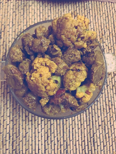 Cauliflower soya chunks curry