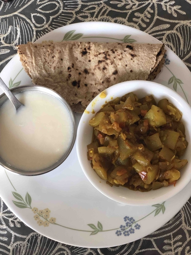 Soya Roti Sabji with Skimmed Curd