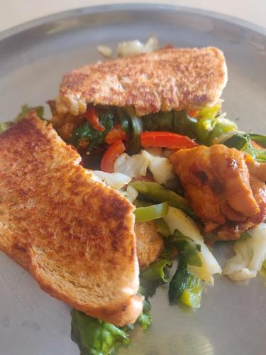 Chicken Veggie Sangwich