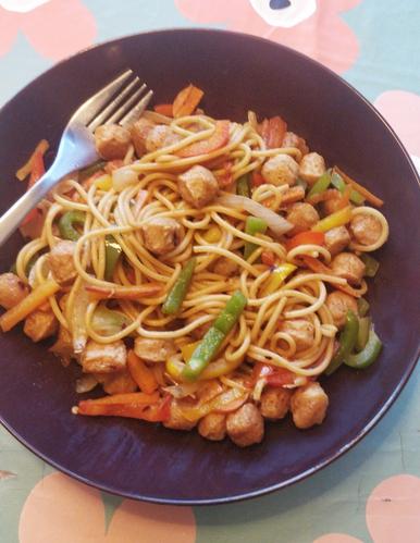 Soya Hakka noodles