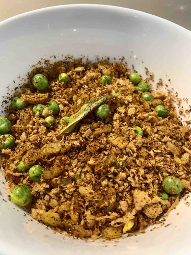 Soya granules/chunks chivda