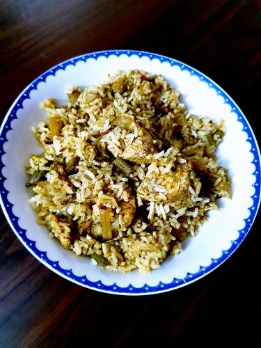 Hari-Bhari Chicken Dum Biryani