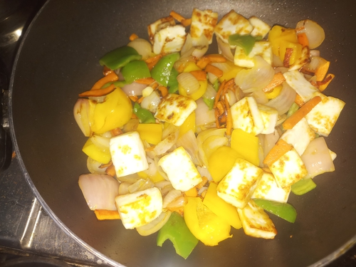 Paneer with sauteed vegetables