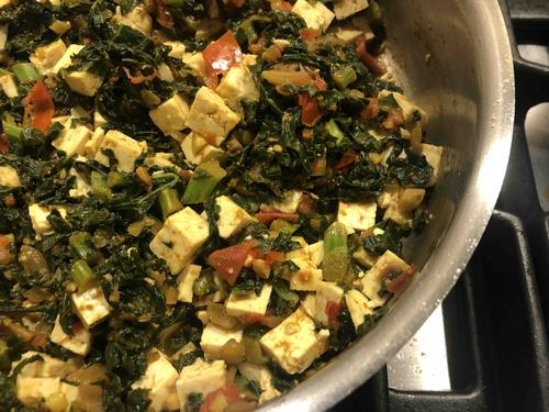 Kale and Tofu sabzi (Serves 4)