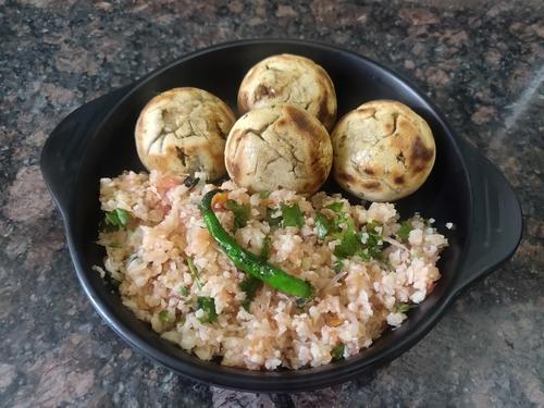 Soyabean stuffed Liiti & Cauliflower Choka