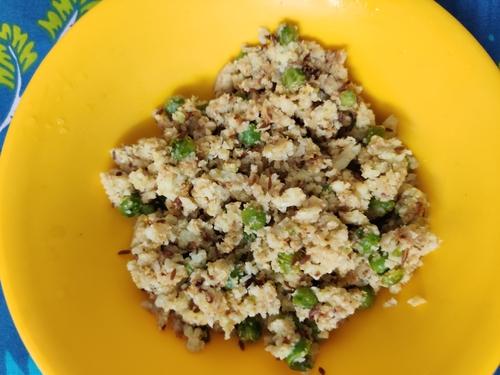 Cauliflower rice matar pulao