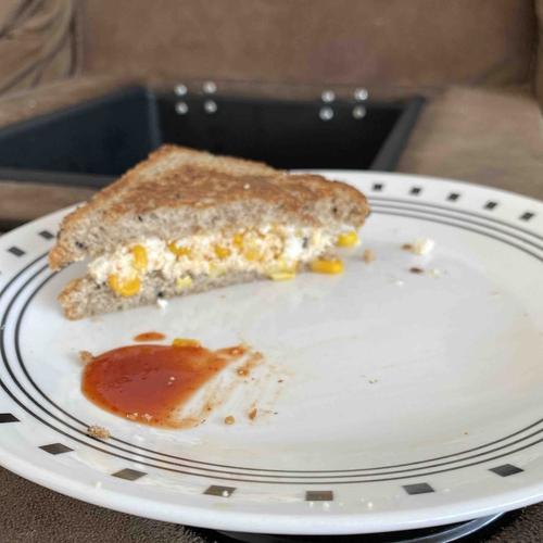 paneer n corn sandwich