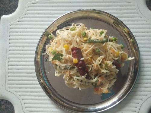 Cheese corn Peas Hakka noodles
