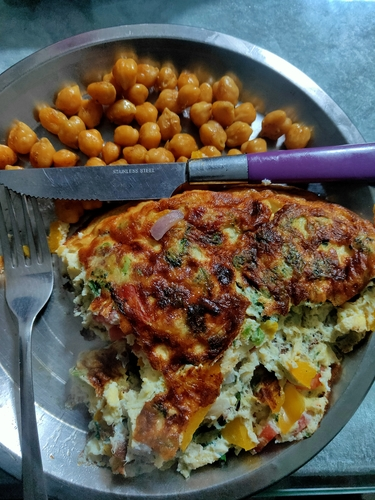 Veggies Omlette with roasted chane