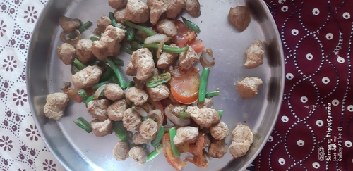 sauted vegetables and soya chunks