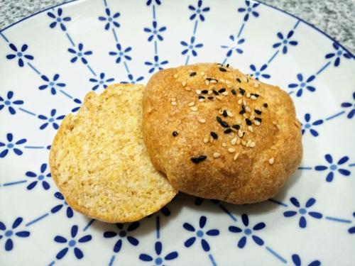 soya Flour and flaxseed bun