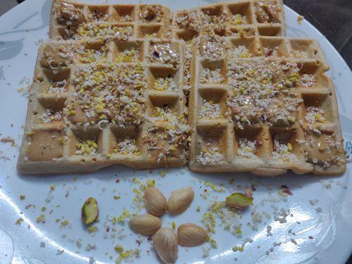 Wheat cinnamon waffles