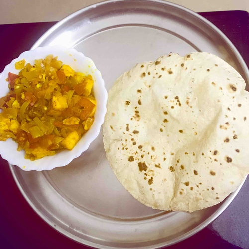veg paneer with chapati