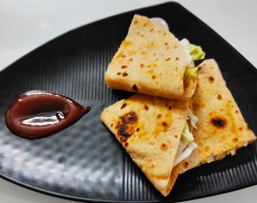 Hummus Quesadilla