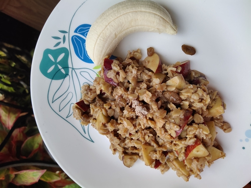 Protien Oatmeal with Fruits