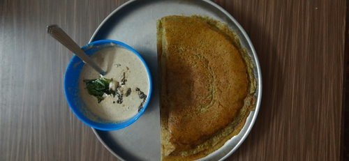 Green gram dosa and peanut chutney