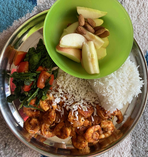 Tava fry shrimp, veggies & snacks