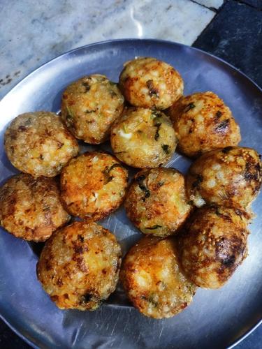 Sabudana and cheese balls