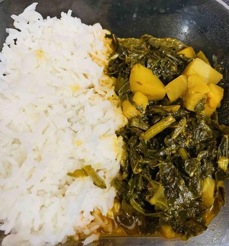 steamed rice and knol knol 🥬