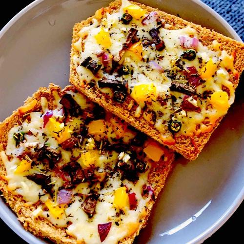 Veg Cheese Toast