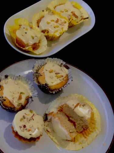 paneer cup cakes (serving size 7 medium size cupcakes)