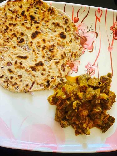 Dahi Bhindi and Soy Flour onion Chapati