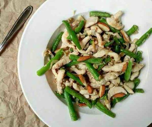 Ginger garlic chicken salad