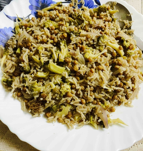 Beoccoli and Soy Rice