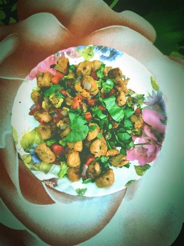 Soya chunk salad