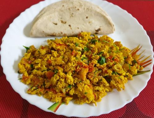 Egg Bhurji & Chapati