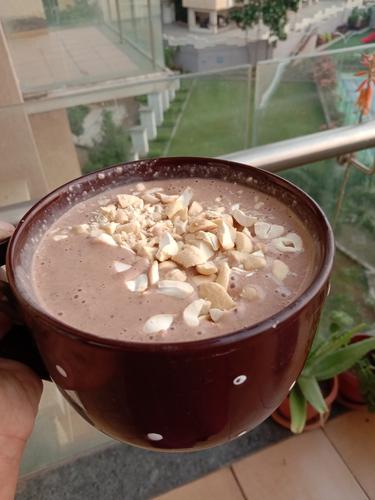 chocolate cashew shake